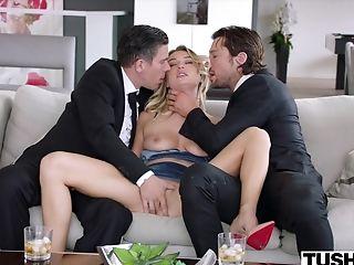 анальный секс, трахает в жопу, большой член, большие сиськи, блондинки, минет, бойфренд, Cowgirl, глубокая глотка, двойное проникновение,