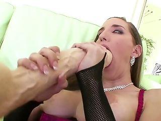 Slut: 16959 Video`s