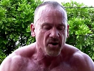 Outdoor: 2475 Video