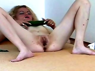 Amateur, Blonde, Masturbation, Mature, Pussy, Solo, Vegetables, White,