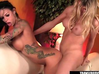 Angelina Valentine, большие сиськи, эротическое, трахает, в высоком разрешении, верхом, трансвеститы, трансвестит трахает девушку, трансы,