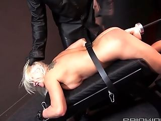 BDSM, Fucking, Fucking Machine, HD, MILF, Riding, Spanking,