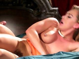 Sexe Anal, Beauté, Mignonette, Pénétration Double, Hardcore , Horny, Deux Hommes Et Une Femme, Voisin, Slut, Bartouze ,